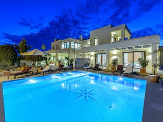 BEAUTIFUL VILLA CLOSE TO PLAYA D`EN BOSSA!!!