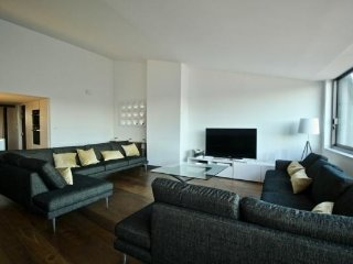 Exceptionnal loft with city views in the old town , 5 bedrooms , 2 showerooms
