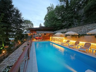 A Luxury sea front villa in the city of Balchik, Bulgaria - Villa Sanda Antique