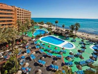 "Habitacion Suit en Apartotel de Lujo ""Sunset Beach Club"""