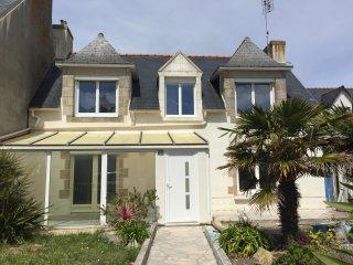 Maison bretonne au calme,totalement rénovée à 200m de la mer - jardin & terrasse, Saint-Guenole