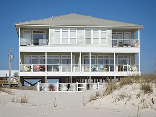 Big Breezy East ~ 5 BR, 4 BTH ~ Gulf Front ~ Pool ~ Sleeps up to 16!