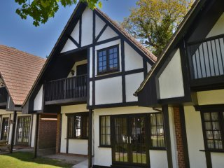 36 Tudor Court- Fully Refurbished.