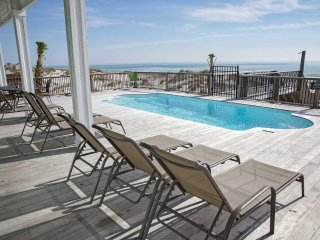 8 BR ~ Gulf Front ~ Private Pool ~ Sleeps 23