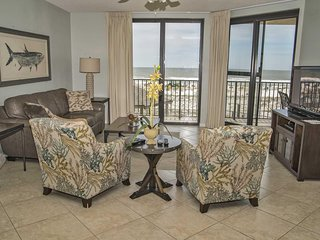 3 Bed, 2 Bath ~ Sleeps 10 ~ Close to FloraBama ~ All Tile ~ Low Floor