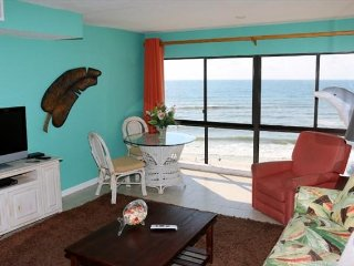 Edgewater West 74 ~ GUlf Front 2 bedroom, 2 bath ~ Sleeps 6 ~ Great Rates!