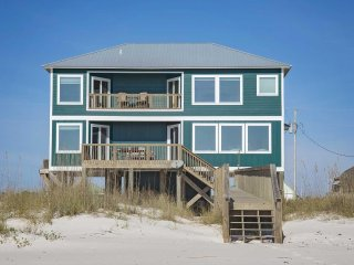 6 bed, 6 bath ~ Gulf Front ~ Sleeps up to 17 ~All Tile ~  Pier Serenity Beach Ho