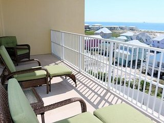 3 BR ~ Quiet Area ~ Gulf Views ~ Sleeps 9 ~ Indies 607