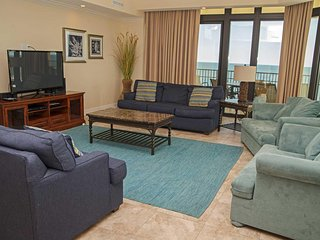 4 BR ~ 4.5 Bath ~ Gulf Front ~ Great Amenities ~ West Corner ~ Sleeps 14 ~ Phoen