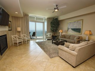 All Tile ~ Sleeps 8 ~ 26th Floor ~ Turquoise Place 2606C ~ Prickett Properties