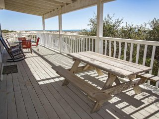 Gulf Front ~ Great Location ~ Dune Refuge Beach House ~ Prickett Properties