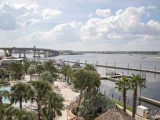 Make a Deal May so inquire for best offer~ Bay Front ~ Lazy River ~ Caribe 303B