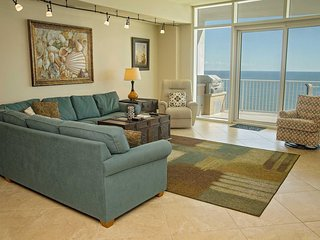 Gulf Front ~ Sleeps 13 ~ All Tile ~ Turquoise Place 1305C ~ Prickett Properties