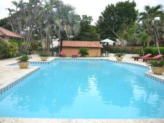 Villa Lazy Heart - 10.5 Acre Oceanfront Estate ~ RA128373