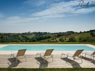 Villa Costanzo on the hill near charming village and Adriatic Coast