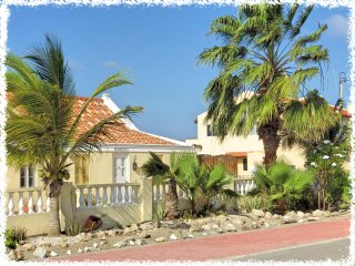 Aruba Cunucu Residence ~ One Bedroom Apartment, Palm - Eagle Beach