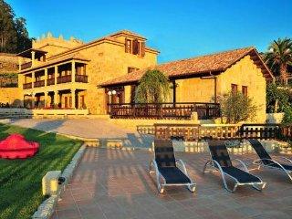 226 Luxury villa in Pontevedra, Ribadumia