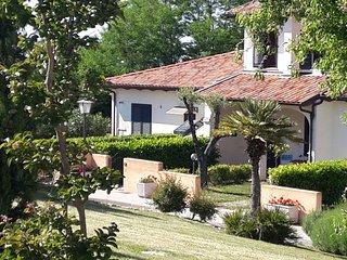 """Borgo Nicoletta Villa """"Carinae"""" natura e relax"""