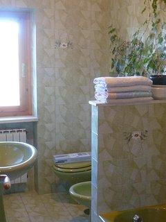 Grote badkamer, met ligbad