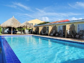Aruba Cunucu Residence ~ Studio Apartment on the One Happy Island, Palm - Eagle Beach
