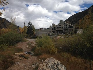 Chalet on the Clear Creek with Beautiful Mountain Views