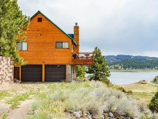 Scenic Panguitch Lake Cabin