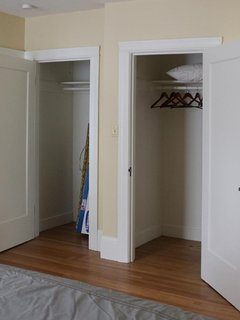 Two spacious closets to store your belongings