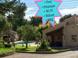 Villa Cicada de 220m2 - Piscine, BBQ, Petanque, Billard, 6adultes-2enfants