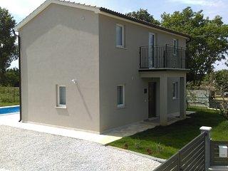 Villa Nika with swimming pool, Tinjan