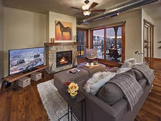 20% off Lifts –Senator's Penthouse / Olympian - 3 BR - Mountain Deluxe