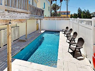 3BR, 2BA South Padre Island Duplex w/Pool - Walk to Beach, Shops & Dining