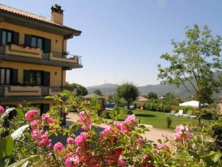 South of Rome.  Ground Floor apartment with large garden, Fiuggi