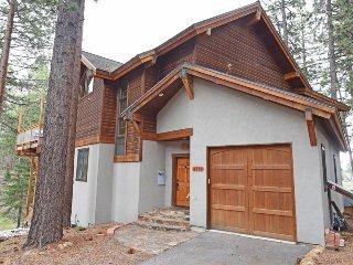 Spacious Tahoe Vista Retreat