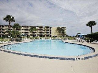 Colony Reef 2102, 3 Bedrooms, Sleeps 8, Steps to Beach, 2 Pools, WIFI