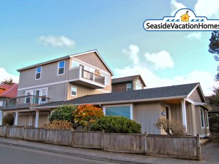 111 Ave G - Ocean View - 250ft to Beach