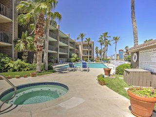 NEW! 2BR South Padre Island Condo - Walk to Beach!