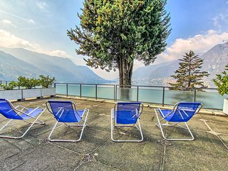 Lake Como Romance, Carate Urio