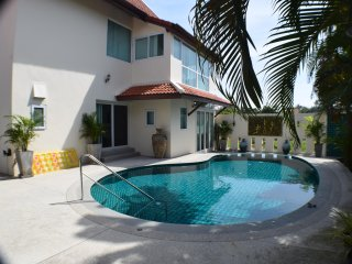 Luxury 5 Bed Pool Villa, Rawai