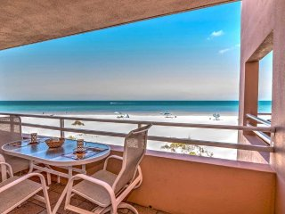 Coquina Beach Club 102, Bradenton Beach
