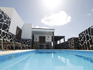 Villa in Tias - 104375