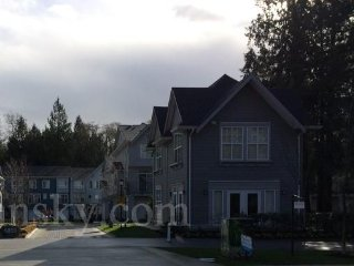 brand new townhouse  in South Surrey for short and business stay/home stay, Cloverdale