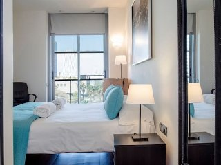 D101 - Seafront lux suite with private terrace