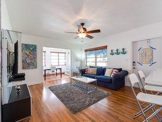 2/1, 3 Beds, Spotless and Spacious house in Coconut Grove