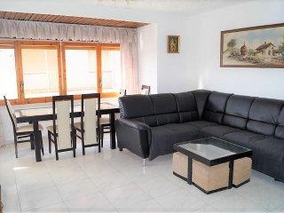 A17 Amplio apartamento en Mas Mates, Roses