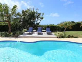 Private Pool Apartment- Walking Distance to Town
