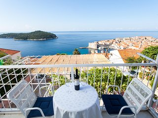 Ploce Apartments-One-Bedroom Apt with Balcony and SeaView- Ante Topića Mimare 10