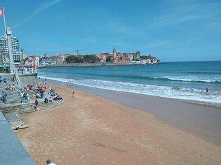 Apartamento primera línea Playa San Lorenzo, Gijón