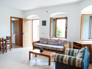 cozy family apartment in the Castle, Himare