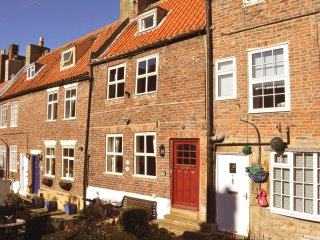 4 Clarks yard, beautiful whitby cottage