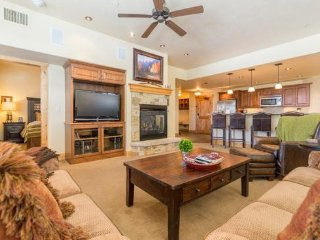 6202 Bear Lodge, Trappeurs